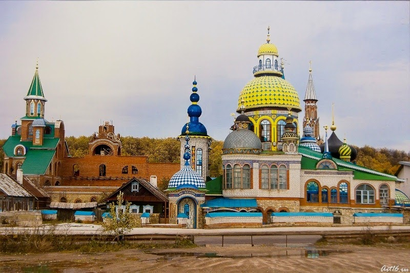 temple-of-all-religions-kazan-6