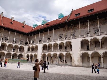 05. Palatul regal - Cracovia.JPG