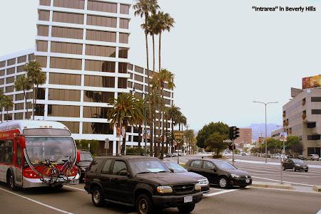Imagini Los Angeles: Autobuzul 720 - te duce cam in cele mai importante locuri din LA si chiar in Santa Monica. Aici era in Beverly Hills''.JPG