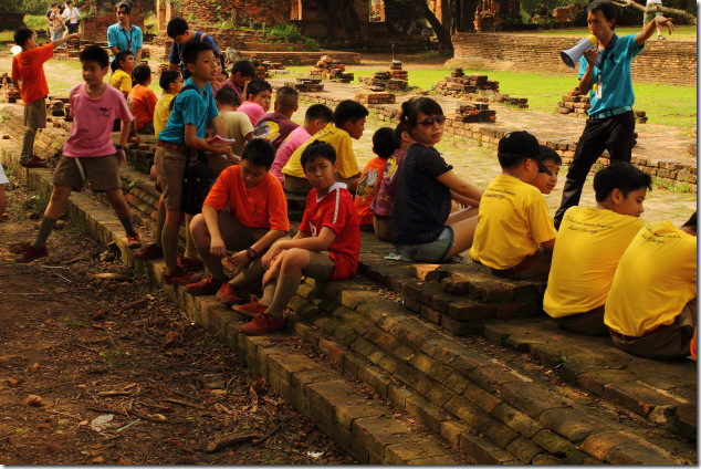 School Kids on an excursion to Ayyuthaya