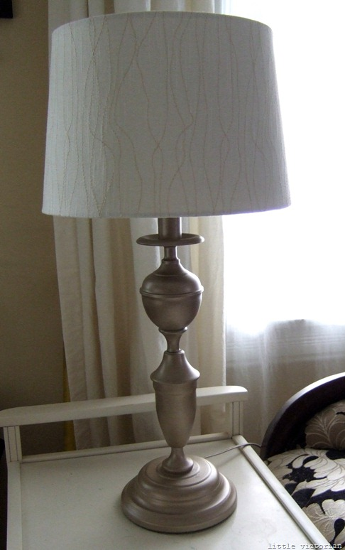 spray paint lamps from thrift store (Little Victorian)