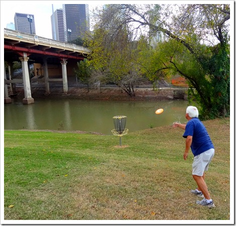Paul and frisbee golf