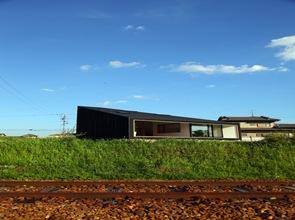 casa-fachada-moderna-arquitectura-japònesa