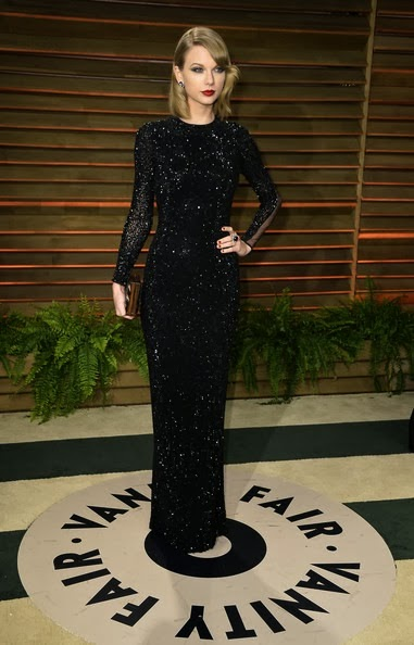 Taylor Swift attends the 2014 Vanity Fair Oscar Party
