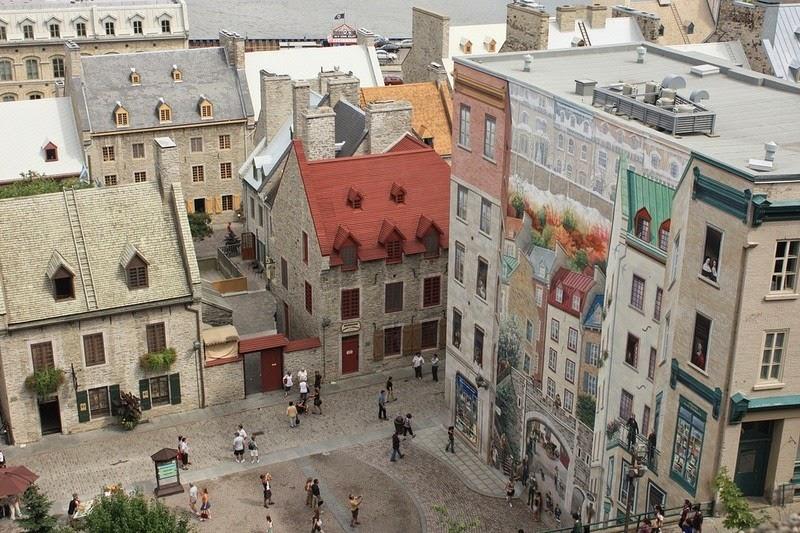 The Eye Deceiving Murals Of Quebec City Amusing Planet