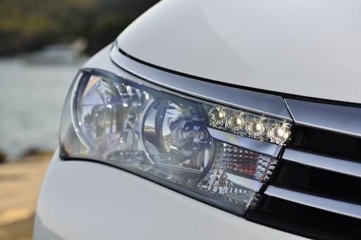 2014-Toyota-Corolla-49.jpg