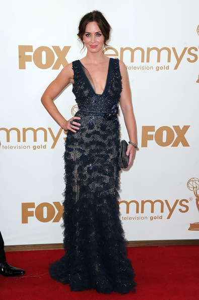 Emily Blunt arrives at the 63rd Annual Primetime Emmy Awards