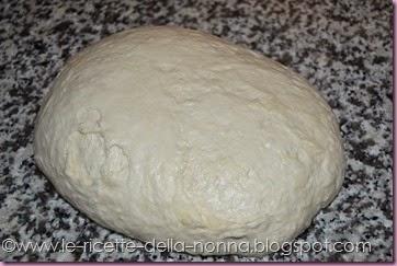 Agnellino di Pasqua di pasta di pane (2)