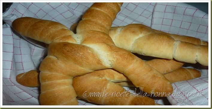 Pane di pasta dura condito - Pane all'olio (10)