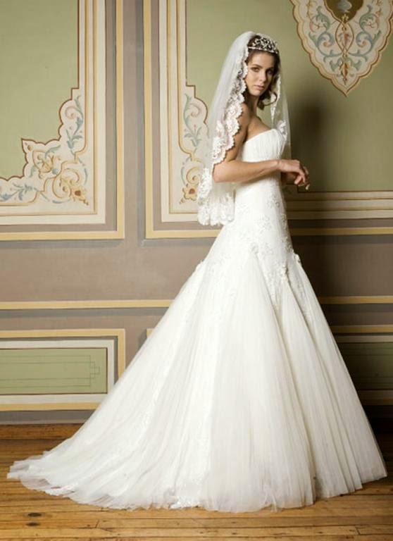 261912f5564c3 Her türlü gelinlik modelini bulabileceğiniz bir gelinlik moda evi. Özelikle  güzel ve şık bir düğün isteyenler tercih edebilirler.