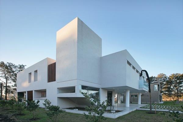 casa-minimalista-arquitecto-Pablo-Anzilutti