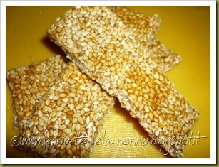 Barrette di semi di sesamo e zucchero di canna (13)