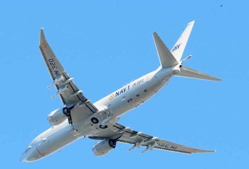 Indian-Navy-Boeing-P-8I-Aircraft-IN-320-09-Resize