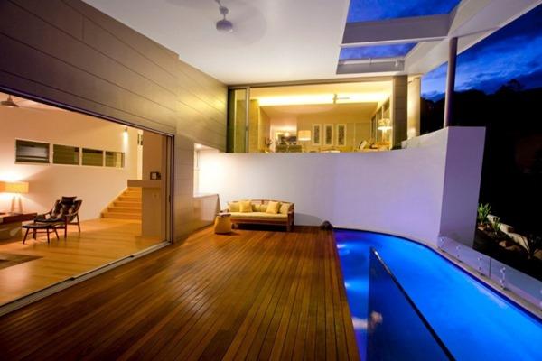 moderna-casa-con-terraza-y-piscina