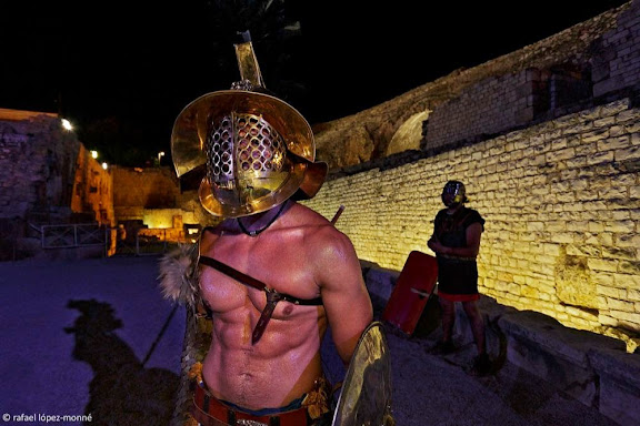 VIGILIA MUNUS, La nit abans de la lluita de gladiadorsNemesis ARQ (Tarragona)Tarragona Història viva, estiu 2013Amfiteatre romà, patrimoni mundial UNESCO.Tarragona, Tarragonès, Tarragona