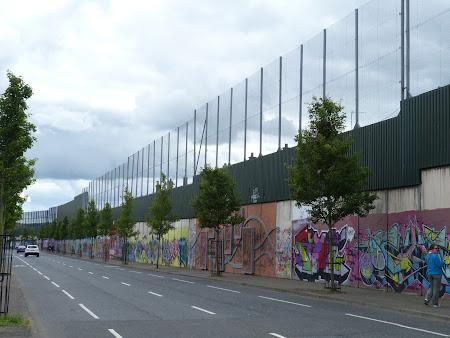 Obiective turistice Irlanda de Nord: Zidul Pacii Belfast