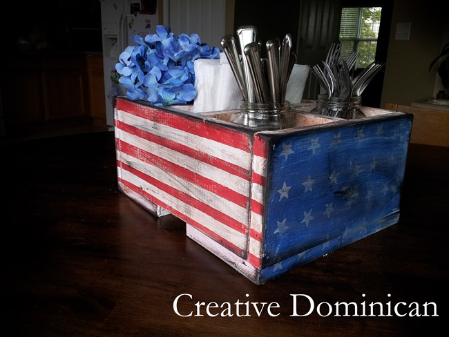 diy-patriotic-silverwear-caddy