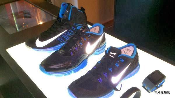 目前只有很少的鞋款可用Nike+ Sport Sensor