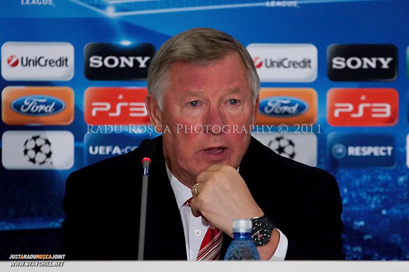Sir Alex Ferguson acorda un interviu la conferinta de presa desfasurata la finele meciului dintre FC Otelul Galati si Manchester United din cadrul UEFA Champions League disputat marti, 18 octombrie 2011 pe Arena Nationala din Bucuresti.