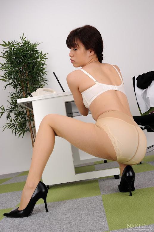Naked-Art 617 Photo No.00247 渋谷海莉 美脚のOL vol.2 高画質フォト naked-art 04200