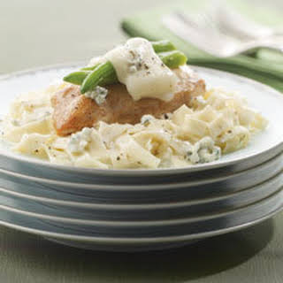 Chicken & Green Beans With Alfredo-blue Cheese Pasta.