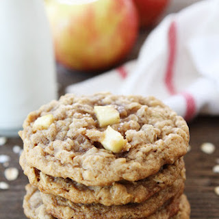 Peanut Butter Apple Oatmeal Cookies