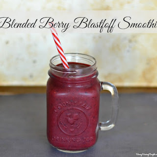 Blended Berry Blastoff Smoothie Made with 5-hour ENERGY® #Yummification #ad.