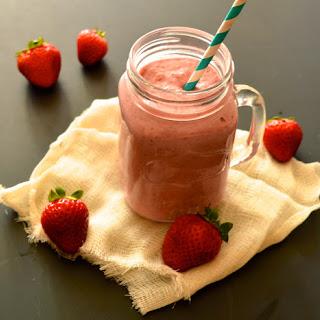 Dairy Free Strawberry Milkshake (Paleo, AIP, GAPS, SCD).