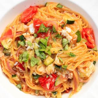 Linguine With Zucchini, Tomato, and Crab