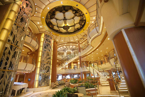 Star-Princess-atrium - A look at the atrium aboard Star Princess.