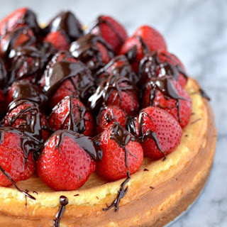 Chocolate Covered Strawberry Vanilla Bean Cheesecake