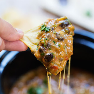Homemade Cheesy Chili Dip