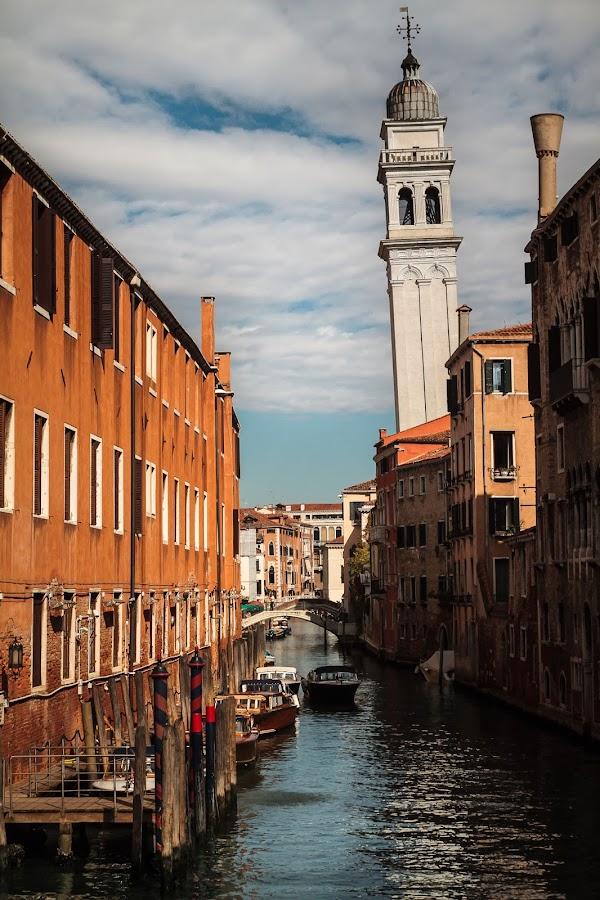Leaning tower of Venice by Jernej Lah - City,  Street & Park  Vistas ( biennale, benetke, italija, faks )