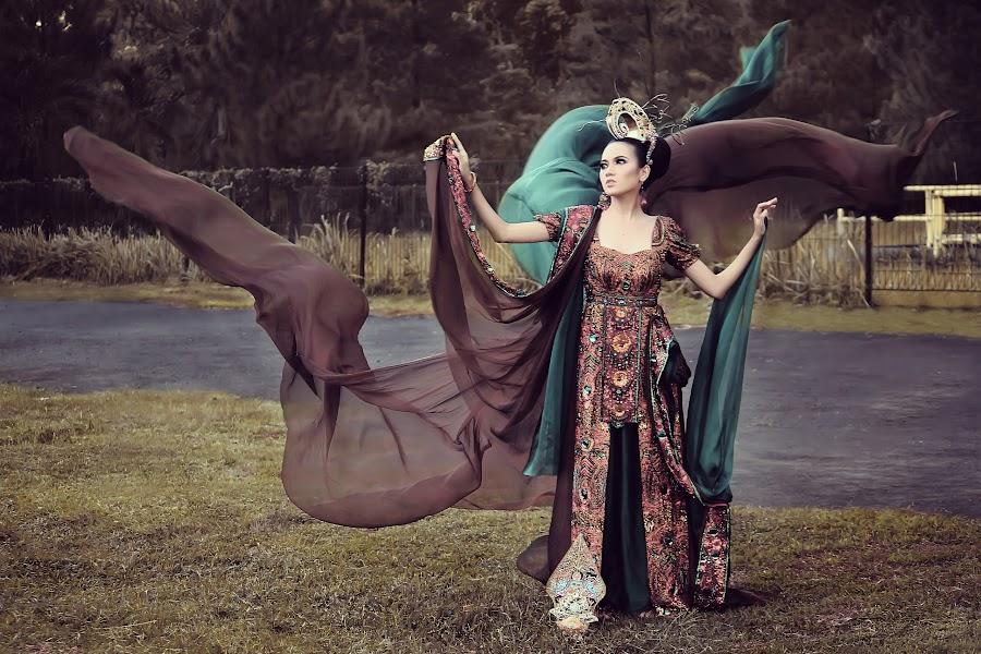 Wayang by Muhamad Anshorullah - People Fashion ( , Free, Freedom, Inspire, Inspiring, Inspirational, Emotion )
