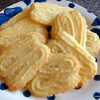 Lemon Melting Moments Cookies.