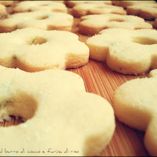 Coconut Cookie with Rice Flour.