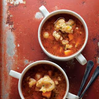 Karfiolleves (Paprika-Spiced Cauliflower Soup).