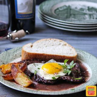 Portuguese Steak & Eggs bife com ovo a cavalo.