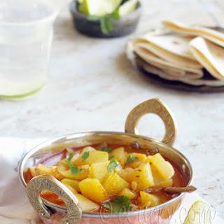 Khatti Meethi Lauki – Sweet and Sour Bottle Gourd