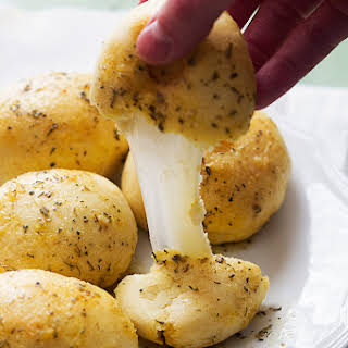 Garlic Parmesan Cheese Bombs.