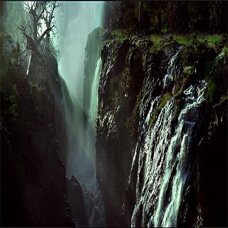Big waterfall Live Wallpaper