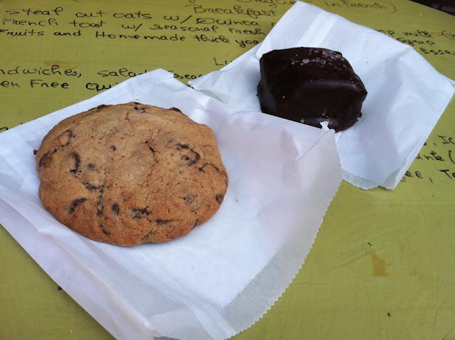 Cookie and brownie