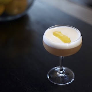 Shake Up The Whiskey Sour Two Ways.