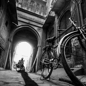Street old Bikaner by Svetlin Ivanov - Black & White Street & Candid ( street, agra, india, picsvet, photo )