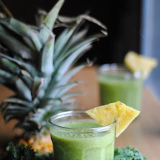 Greeña Colada- Pina Colada Green Smoothie.