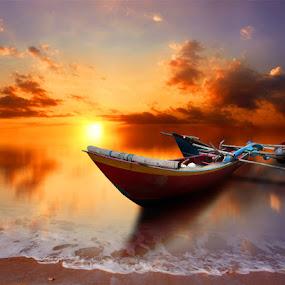 perahu by Indra Prihantoro - Transportation Boats ( sunset, boats )