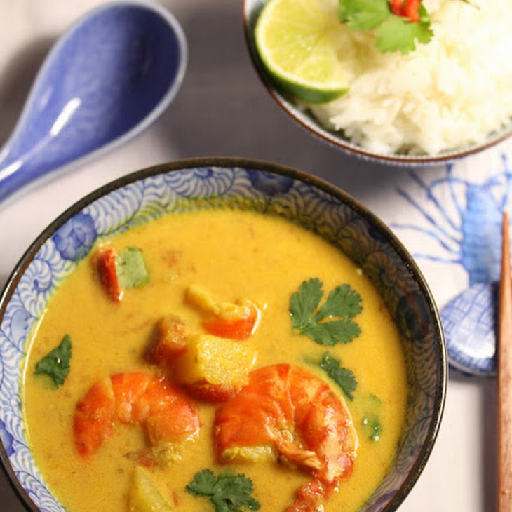 Prawns With Pineapple Curry.