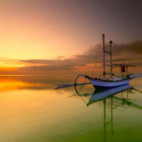 by I Komang Windu - Transportation Boats ( canon, transportation, travel, sunrise, boat )