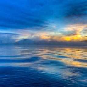by Peter Hoek - Landscapes Waterscapes