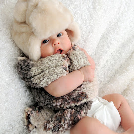 fuzzybum by Kaci Rendahl - Novices Only Portraits & People ( baby white, infant photography, infant, baby girl, baby,  )